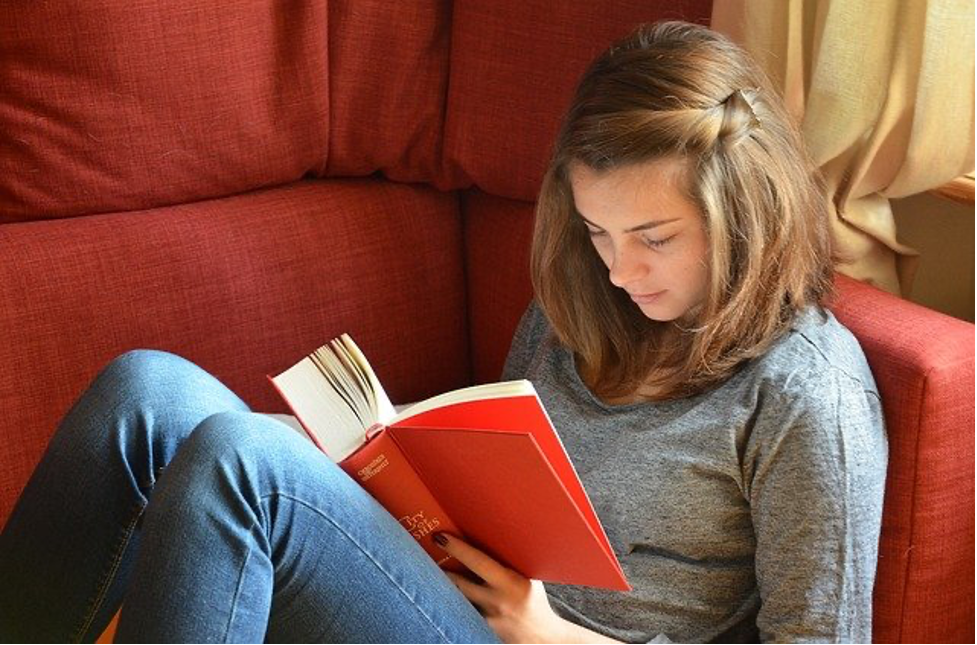 Student Roommates: How to Get a Shy Roommate to Come Out of Their Shell